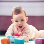 enfant heureux amstramgram